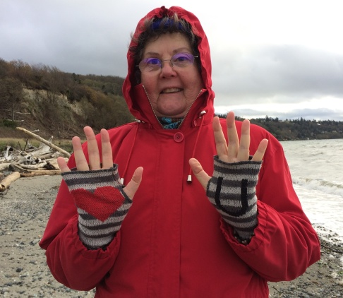 perfect beachcombing gloves
